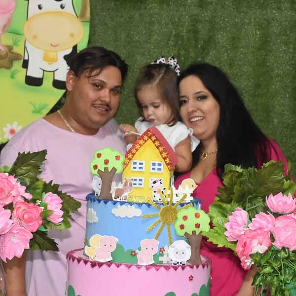 Alice Emanuelle completa 2 aninhos com festa