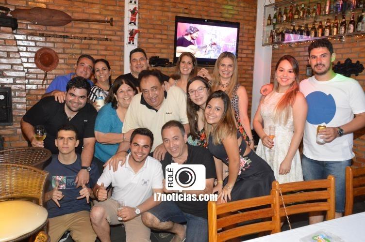 RETROSPECTIVA - 26/12/2016 - Famílias e amigos se reúnem à espera do Natal em Paraguaçu Paulista