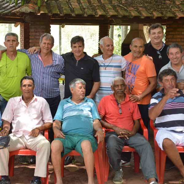 RETROSPECTIVA - 19/12/2016 - Ex-jogadores do E.C.Paraguaçuense realizam confraternização da AABB