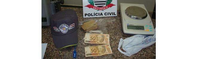 PM prende indivíduos por tráfico de drogas