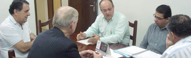 É aprovado pela Câmara abono salarial e cartão alimentação ao servidor público de Paraguaçu.