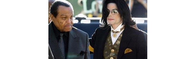 Pai de Michael Jackson culpa sua mulher pela morte do filho