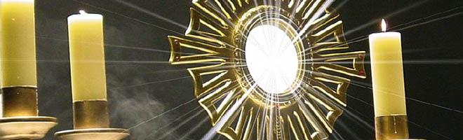 Igreja Católica comemora com procissão o dia de Corpus Christi