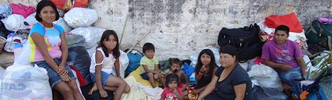 Índios que estão em nossa cidade partem amanhã e pedem doação de alimentos.