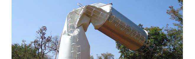 Caixa d'água de 100 mil litros da antiga Thermas quase se rompe