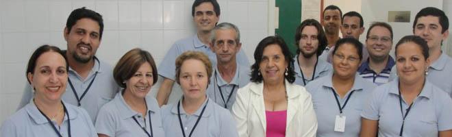 Funcionários da Casa da Lei comemoram aniversário da funcionária Léa