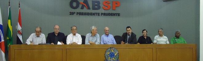 Banespianos aposentados participam de reunião em Presidente Prudente
