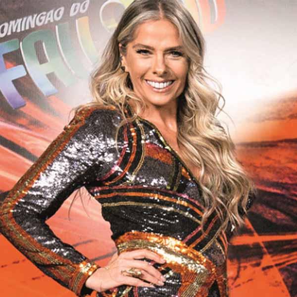 Após 'Dança dos Famosos', Adriane Galisteu pode apresentar programa na Globo