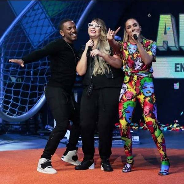 Anitta estreia novo programa no Multishow