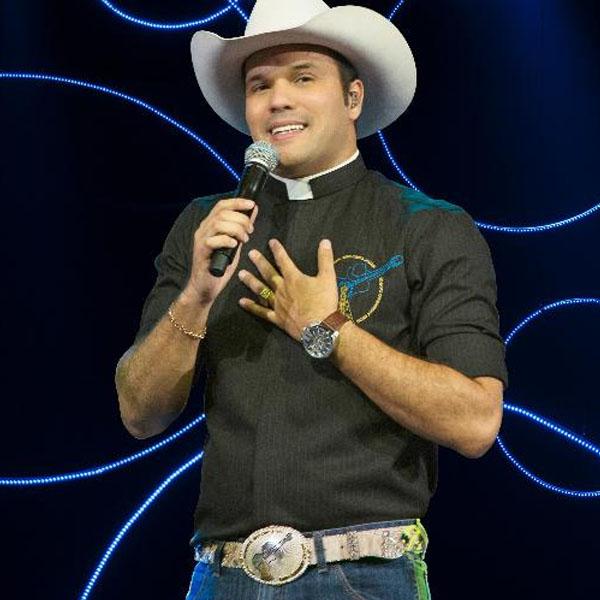 Programa do padre já tem data de estreia na Rede TV!