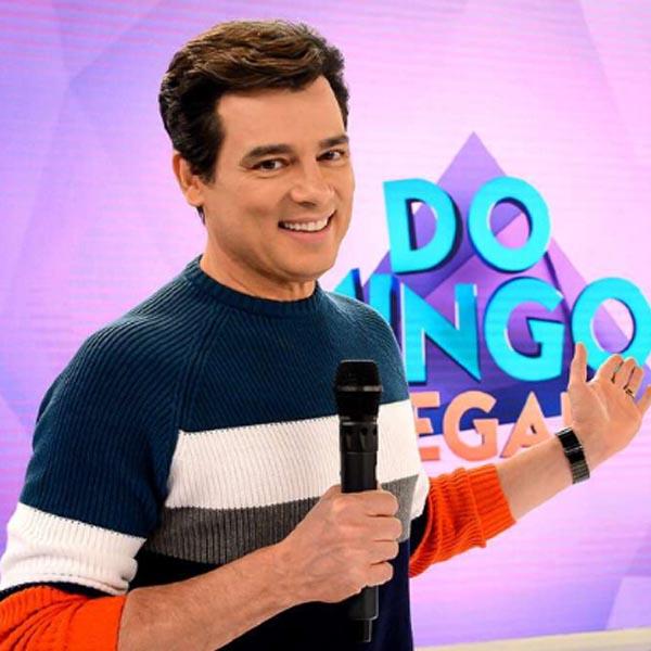 Domingo Legal de Celso Portiolli dá o dobro da Record e encosta na Globo