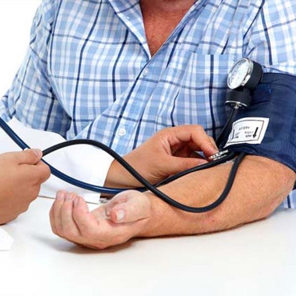 Pressão arterial: Perceba se está elevada e quando deve ir ao hospital