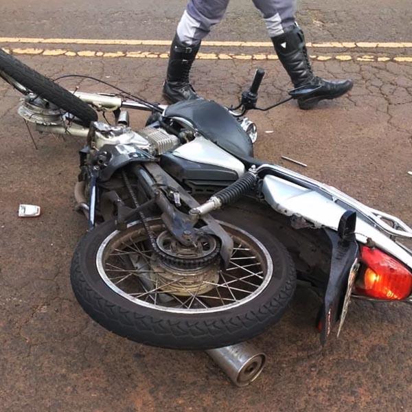 Colisão entre motocicleta e caminhão deixa uma vítima fatal em Martinópolis