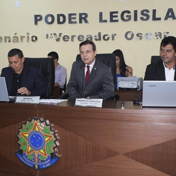 Câmara de Paraguaçu homenageia Coronel Adilson Franco