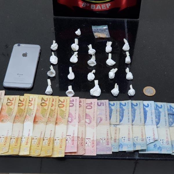 Homem é preso após confessar comercializar drogas em Paraguaçu
