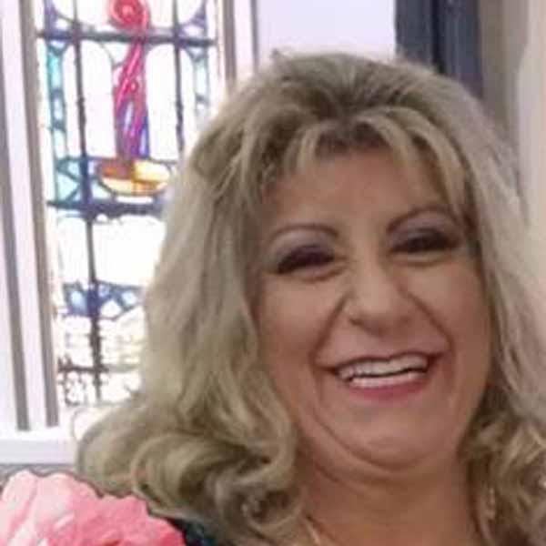 Rita Mendes apaga velinhas neste domingo