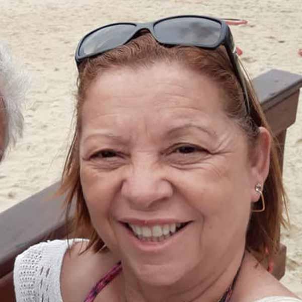 Valderesa Teixeira comemora mais um aniversário