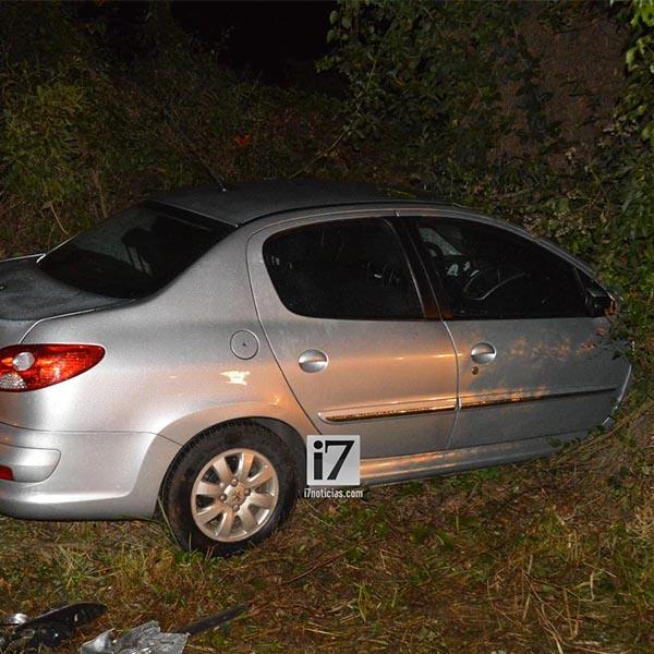 Jovem de 26 anos colide carro contra carreta na rodovia Paraguaçu/Assis