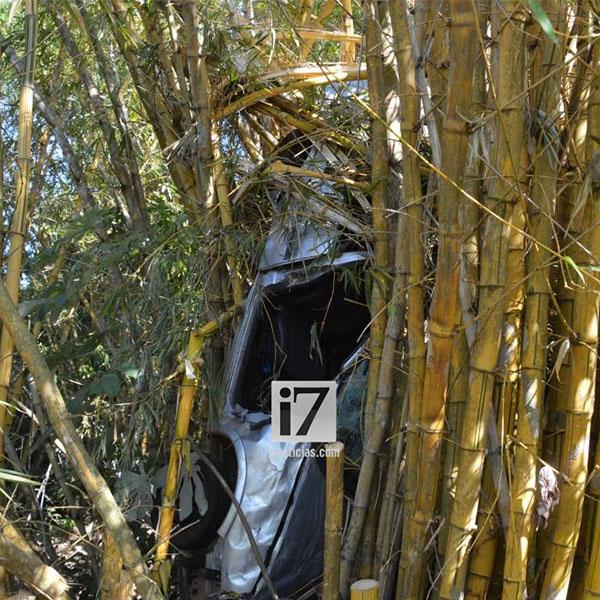 Paraguaçuense sofre acidente e fica quase 12 horas preso entre as ferragens de veículo