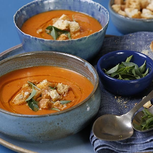 Sopa de tomate de forno