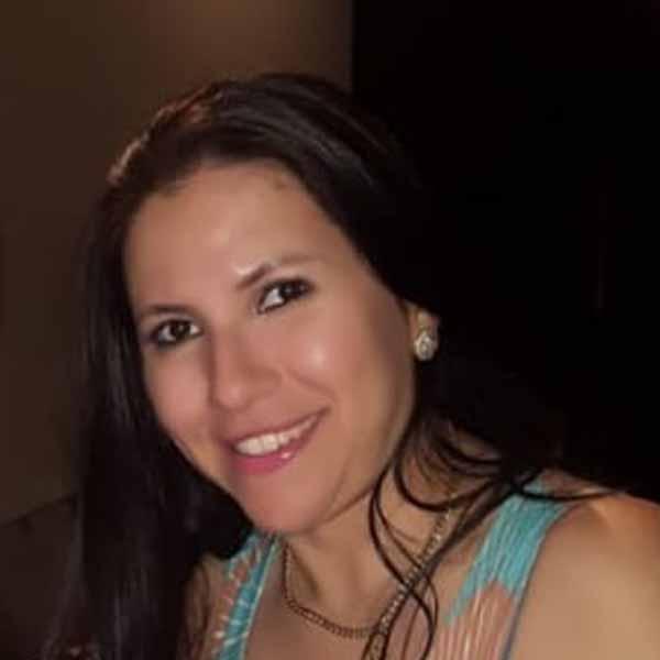 Nathalia Santos comemora mais um aniversário