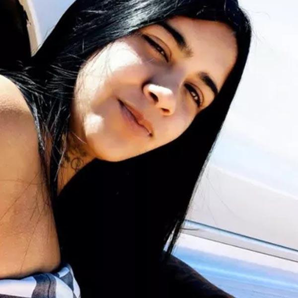 Jovem morre baleada por motociclista em bairro de Marília