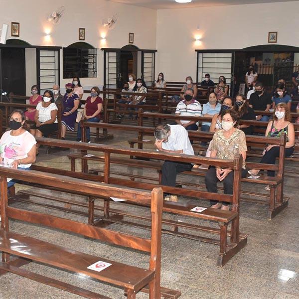 Católicos voltam a participar de missas presenciais em Paraguaçu Paulista