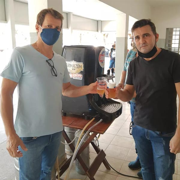 Velório oferece chope para amigos e familiares a pedido de empresário que morreu em Flórida Paulista