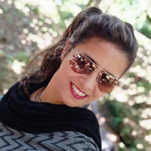 Adriana Mourão é a aniversariante do dia