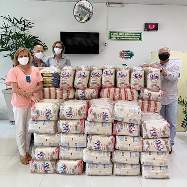 Santa Casa de Assis recebe mais de uma tonelada de arroz da Credicana