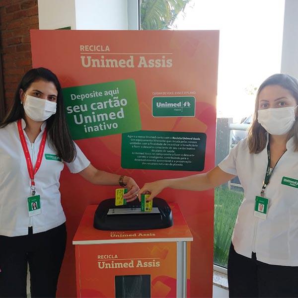 Unimed Assis inicia Projeto Recicla para descarte correto dos cartões de plano inativos
