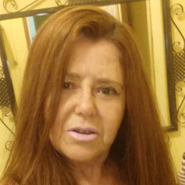 França Selma Maria apaga velinhas nesta quarta