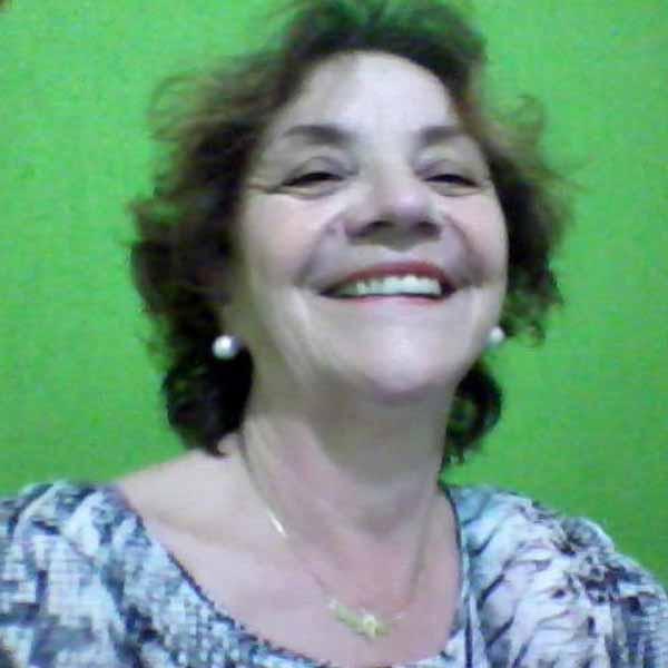 Vera Navarro comemora mais um aniversário