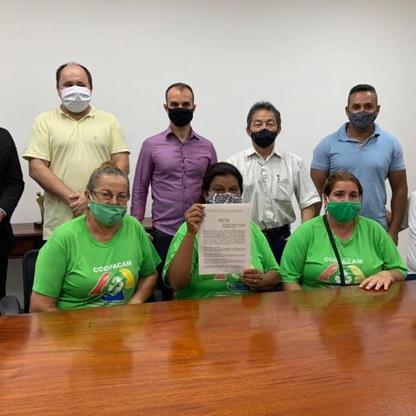 Prefeitura firma contrato com Coopacam para coleta seletiva