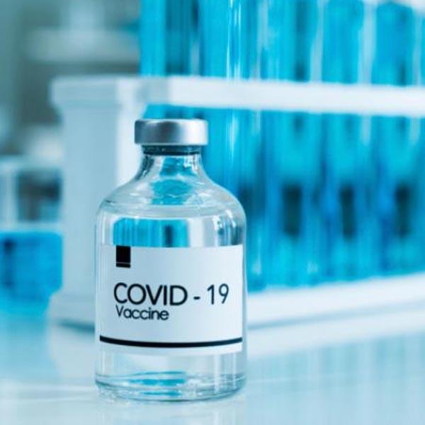 Vacinação de idosos com idade entre 72 e 74 anos acontecerá no sábado