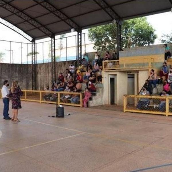 Prefeito Antian recepciona aprovados no Programa de Assistencialismo e Requalificação Profissional