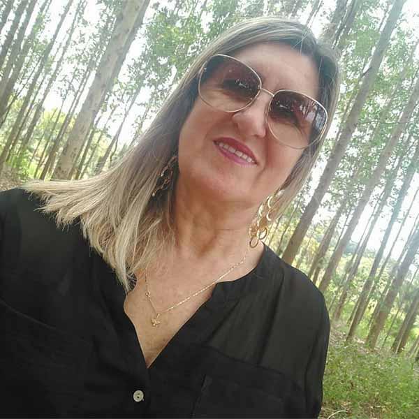 Ana Santiago comemora mais um aniversário