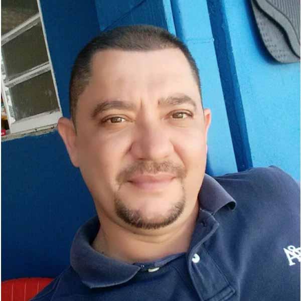 Christian Cardoso completa idade nova
