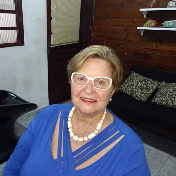 Elzinha Pacheco comemora mais um aniversário