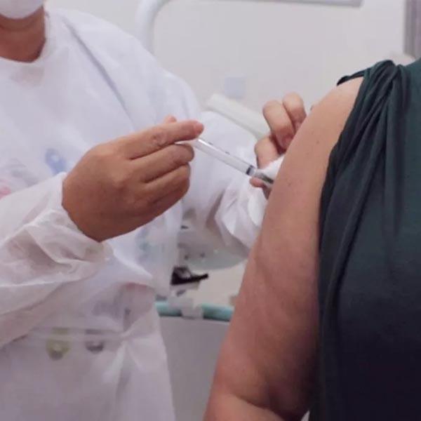 MP apura denúncias de irregularidades após divulgação de lista de vacinados contra Covid em Assis