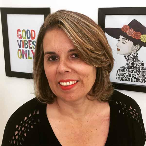 Lucia Cação é a aniversariante do dia