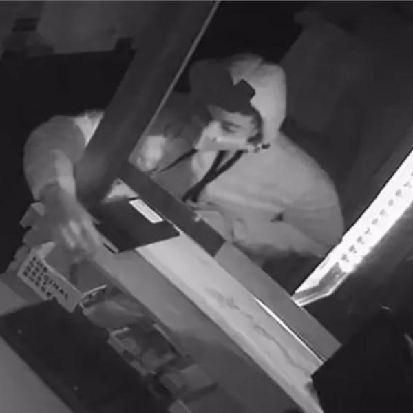 Dono de hamburgueria furtada oferece R$ 1 mil em lanches para quem identificar criminoso em Assis