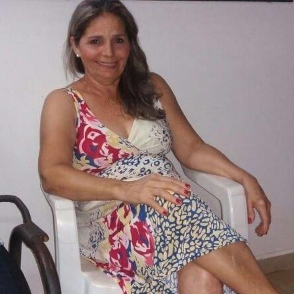 Feliz aniversário, Antônia Maria Conceição!