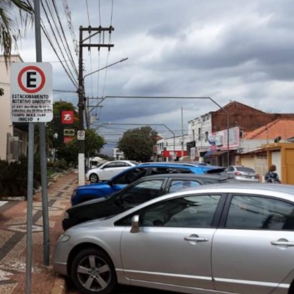 Estacionamento rotativo é retomado no centro de Paraguaçu